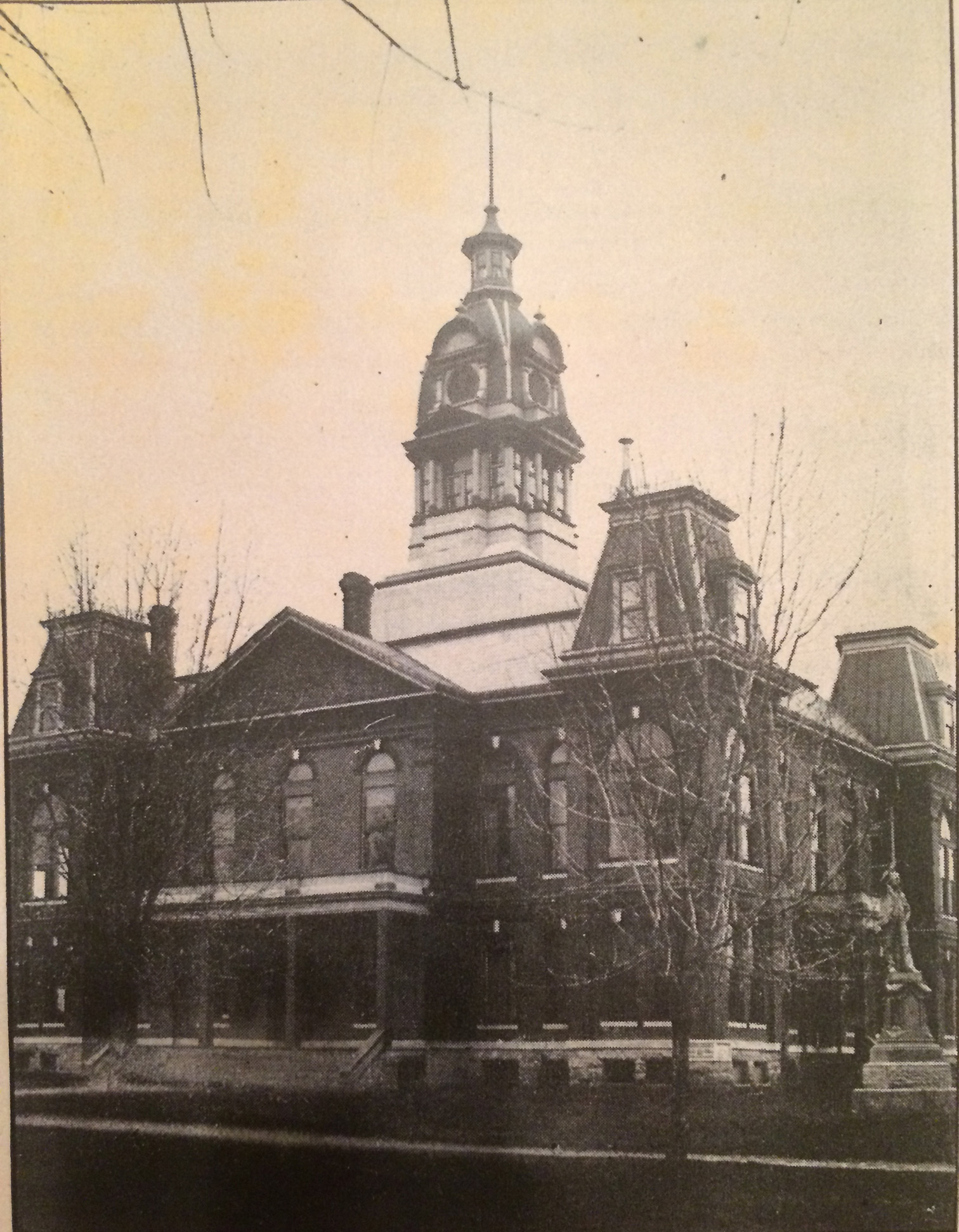 Old Laclede County Courthouse